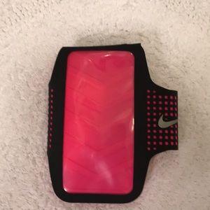 Nike Athletic Arm-Band Phone Case